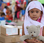 World Vision distributes aid to Marawi crisis-affected families