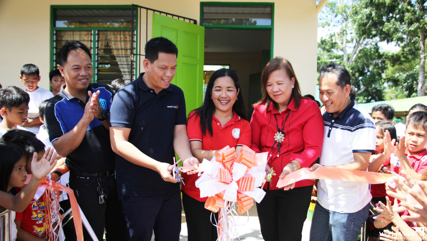 Elementary students in a Batangas town received two new classrooms and a library this school year.