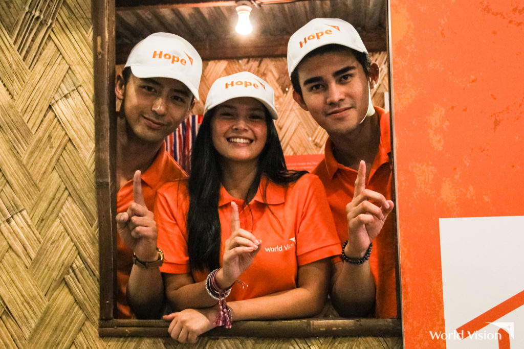 "Ambassadors Bianca Umali, Inigo Pascual, and Enzo Pineda join the launch of World Vision's experiential booth, ""Hope Town"""